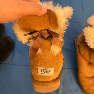 Brown Bow Uggs